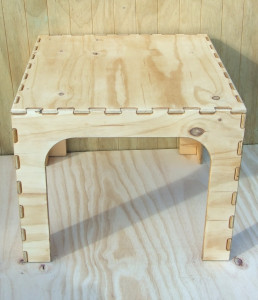 CedarVille Furniture - Table
